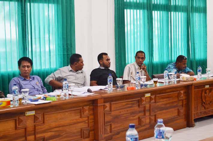 Suasana rapat antara DPRD, KPU, Paswas dan Kepolisian