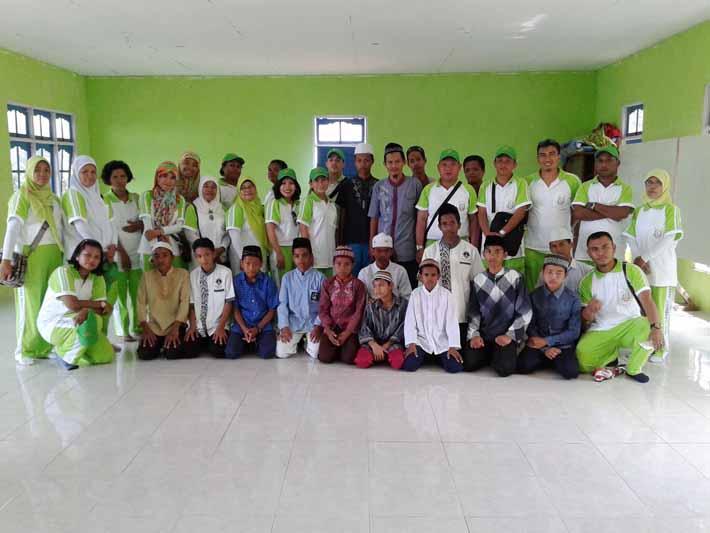 Keluarga besar Kejari Fakfak anjangsana Pesantren Hidayatullah