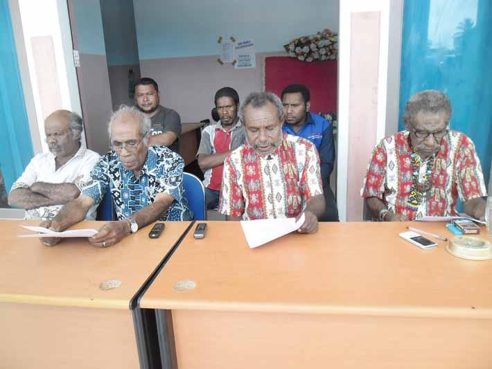 Konferensi Pers Dewan Adat Mbaham Matta Fakfak