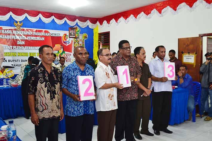 Para calon Bupati dan Wakil Bupati dengan nomor urut masing masing