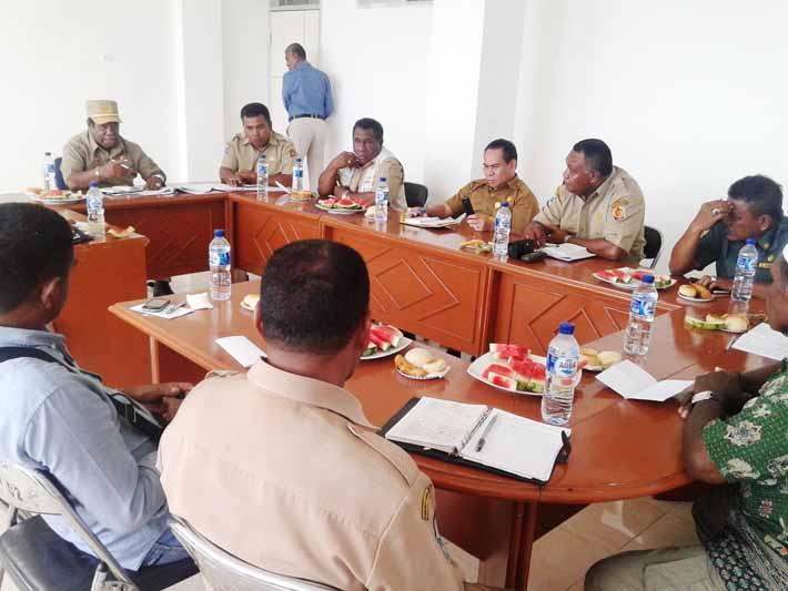 Rapat panitia pelaksana PEDA Tani dan Nelayan Papua Barat III