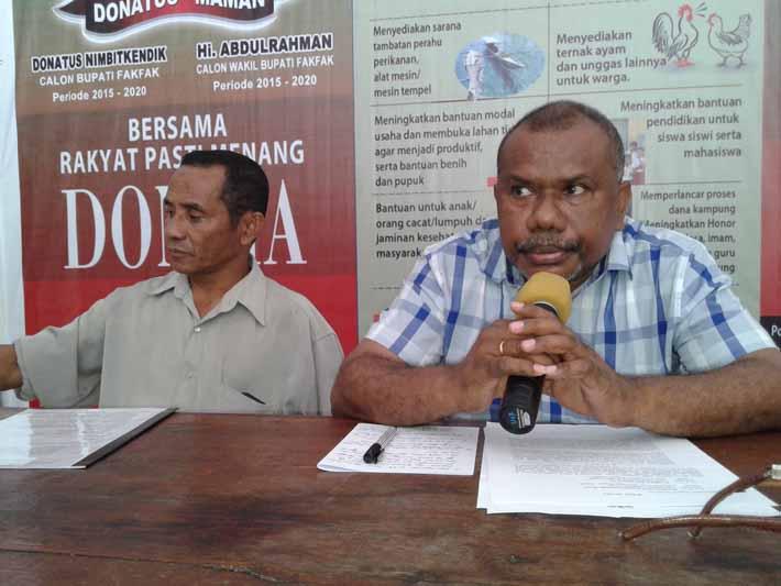 Ketua Timses dan Lawyer Donma memberikan keterangan pers