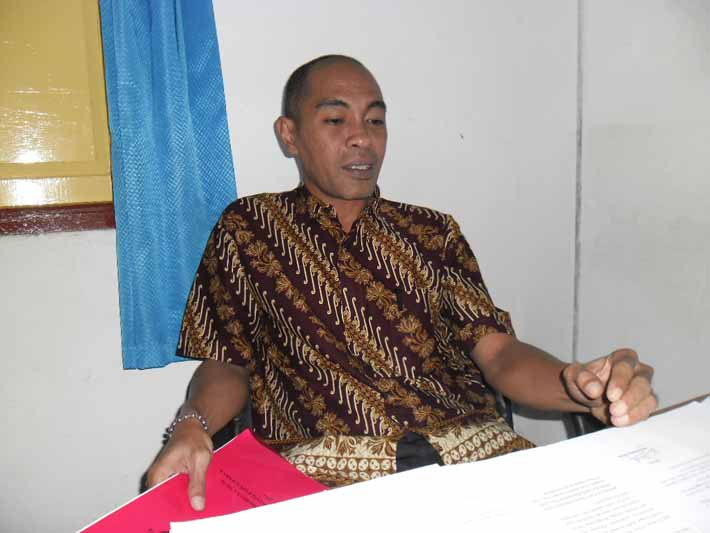 Dekri Radjaloa, anggota Panwas Kabupaten Fakfak