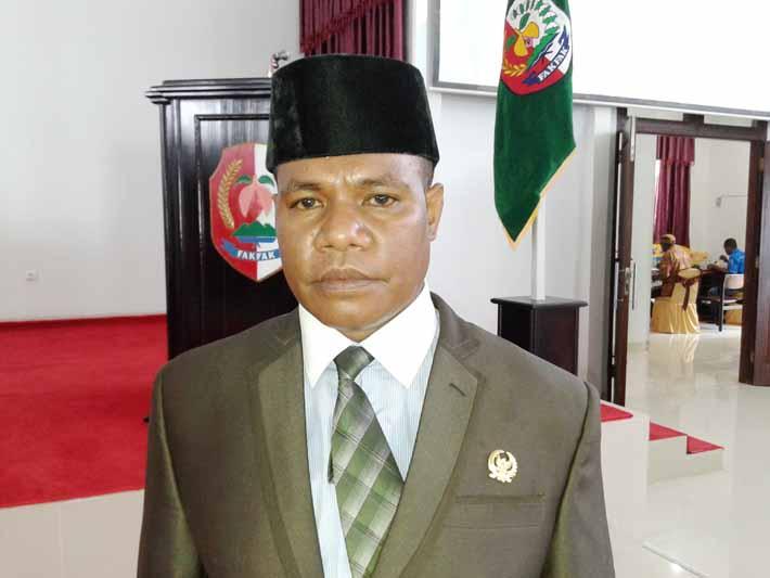 Wakil Ketua DPRD Kabupaten Fakfak, Semuel Hegemur