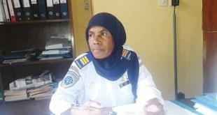 Sania Sirfefa, Plh. Kepala Bandara Torea Fakfak