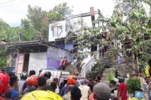 Sebuah rumah di Jl. A Yani Fakfak terbakar. 1 balita menjadi korban