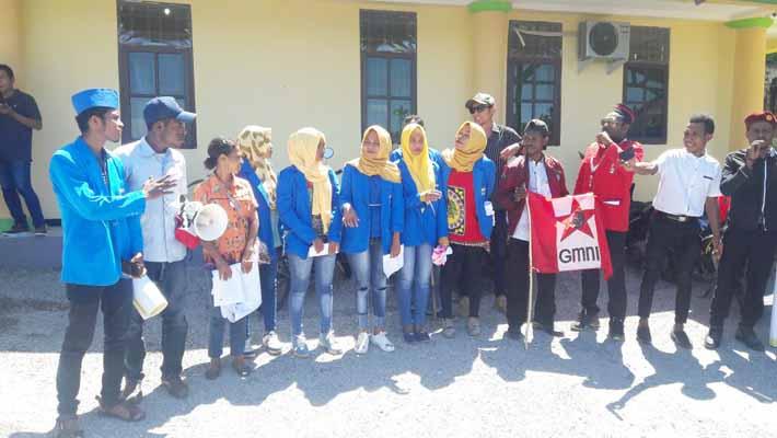 Forum Aktivis Aliansi Parlemen Jalanan menuntut kejaksaan tuntaskan kasus pinjaman uang rakyat oleh anggota dan mantan anggota DPRD Kabupaten Fakfak