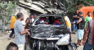 Kondisi mobil yang tercebur laut di Tebing, Seberang.