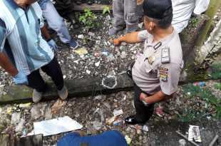 Polisi mengidentifikasi anting-anting yang diduga milik korban
