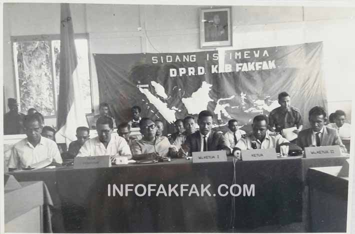 Suasana Sidang Istimewa DPRD Kabupaten Fakfak saat itu