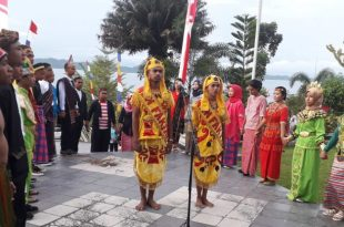 Suasana upacara memperingati HUT Fakfak ke 118 tahun 2018 di halaman Rumah Negara