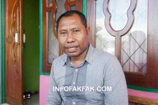 Safi Yarkuran, Ketua Barisan Merah Putih Kabupaten Fakfak (dok. IF)