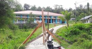Pemalangan di Politeknik Negeri Fakfak mengakibatkan aktivitas perkuliahan masih terhenti.