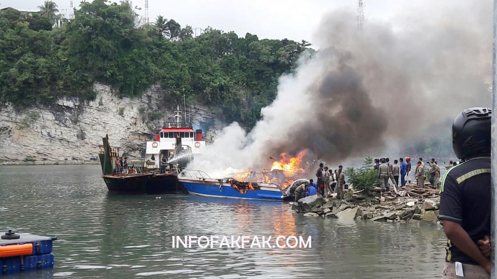 "Speedboat ""Maror"" yang terbakar Senin (15/4) lalu."
