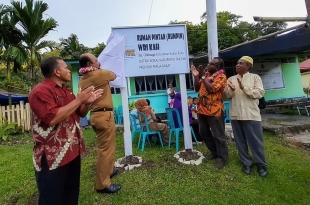 Peresmian pembukaan Rumah Pintar Wri Kah di Distrik Kokas, Kabupaten Fakfak