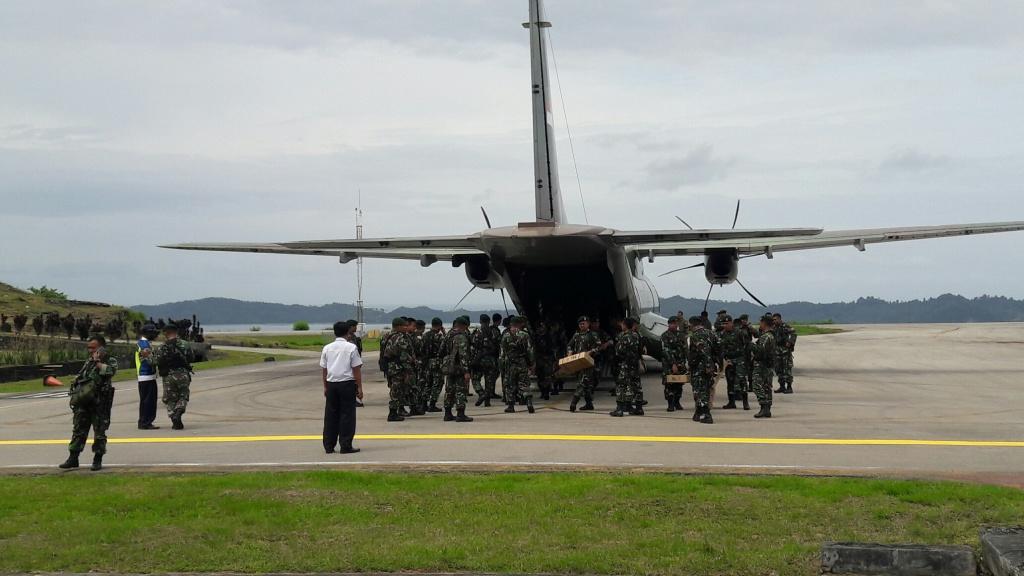 130 personil  dari Armed 10 Divisi 1 Kostrad tiba di Fakfak, memperkuat pengamanan
