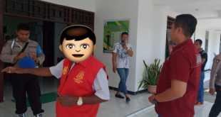 AK, sesaat sebelum ditahan di rutan Fakfak oleh jaksa Kejari Fakfak